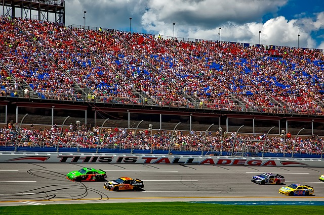 schedule is there nascar racing today